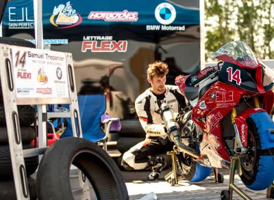 CSBK 2015 Rd 3 race - Edmonton,, Flirting