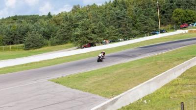 Samuel Trepanier taking the lead on rd 7 at Mosport 2015